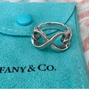 Tiffany & Co Paloma Picasso Heart Infinity Ring 6